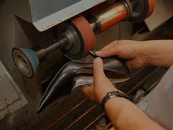 Shoe And Bag Repairs   Car Keys Oxenford   Car Keys Gold Coast